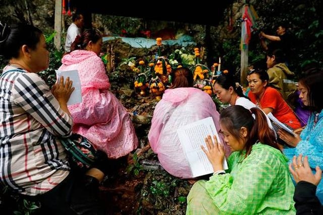 truyền thuyết, nàng công chúa hang Tham Luang, lời tiên tri,